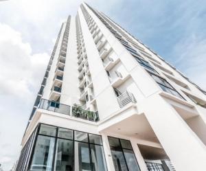 Apartamento En Ventaen Panama, El Carmen, Panama, PA RAH: 21-3370