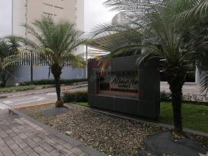 Apartamento En Ventaen Panama, Ricardo J Alfaro, Panama, PA RAH: 21-3418
