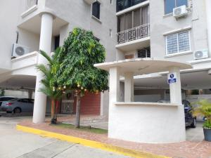 Apartamento En Alquileren Panama, Hato Pintado, Panama, PA RAH: 21-3471