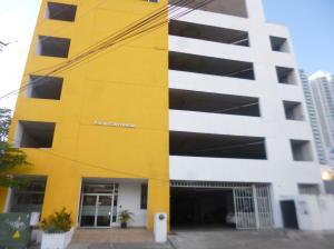 Apartamento En Alquileren Panama, Carrasquilla, Panama, PA RAH: 21-3480