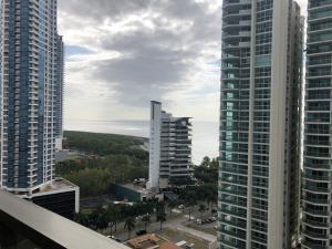 Apartamento En Ventaen Panama, Costa Del Este, Panama, PA RAH: 21-3565