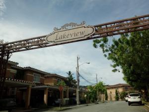 Casa En Ventaen Panama, Condado Del Rey, Panama, PA RAH: 21-3813