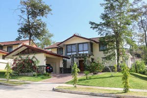 Casa En Ventaen Panama, Clayton, Panama, PA RAH: 21-3834