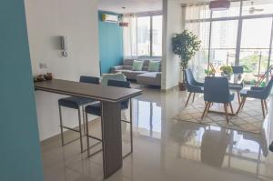 Apartamento En Ventaen Panama, Vista Hermosa, Panama, PA RAH: 21-3908