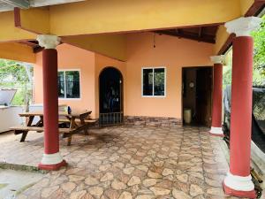 Casa En Alquileren Pedasi, Pedasi, Panama, PA RAH: 21-3929
