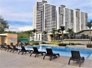 Apartamento En Alquileren Panama, Condado Del Rey, Panama, PA RAH: 21-4006