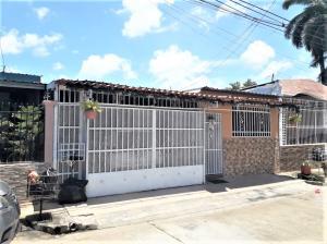 Casa En Ventaen Panama, Don Bosco, Panama, PA RAH: 21-4348