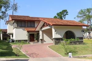 Casa En Ventaen Panama, Clayton, Panama, PA RAH: 21-4372