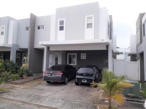 Casa En Ventaen Panama, Brisas Del Golf, Panama, PA RAH: 21-4377