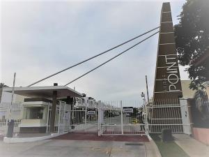 Casa En Ventaen Panama, Brisas Del Golf, Panama, PA RAH: 21-4380