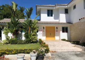 Casa En Alquileren Rio Hato, Playa Blanca, Panama, PA RAH: 21-4519