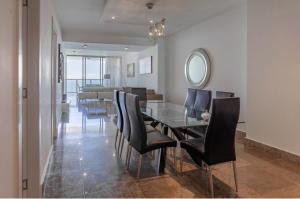 Apartamento En Ventaen Panama, Avenida Balboa, Panama, PA RAH: 21-4858