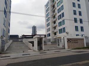 Apartamento En Alquileren Panama, Rio Abajo, Panama, PA RAH: 21-4916