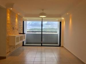 Apartamento En Alquileren Panama, Condado Del Rey, Panama, PA RAH: 21-5117