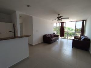 Apartamento En Ventaen Panama, Condado Del Rey, Panama, PA RAH: 21-5388