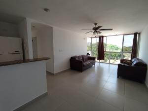 Apartamento En Alquileren Panama, Condado Del Rey, Panama, PA RAH: 21-5389