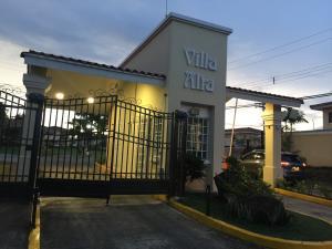 Casa En Alquileren Panama, Brisas Del Golf, Panama, PA RAH: 21-5415