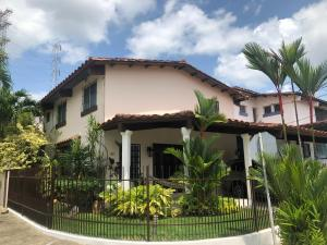 Casa En Ventaen Panama, Altos De Panama, Panama, PA RAH: 21-5421