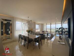 Apartamento En Ventaen Panama, Santa Maria, Panama, PA RAH: 21-5355