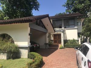 Casa En Ventaen Panama, El Dorado, Panama, PA RAH: 21-5457