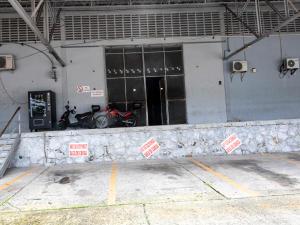 Galera En Alquileren Panama, Transistmica, Panama, PA RAH: 21-5498
