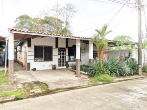 Casa En Ventaen Panama, Don Bosco, Panama, PA RAH: 21-5539