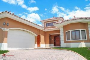 Casa En Alquileren Panama, Costa Sur, Panama, PA RAH: 21-2392