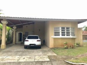 Casa En Ventaen Panama, Brisas Del Golf, Panama, PA RAH: 21-5855
