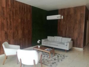 Apartamento En Alquileren Panama, San Francisco, Panama, PA RAH: 21-6042