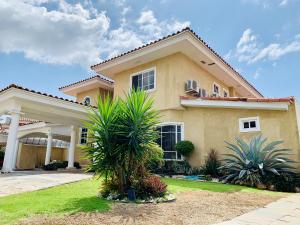 Casa En Alquileren Panama, Costa Del Este, Panama, PA RAH: 21-6044