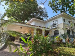 Casa En Alquileren Panama, El Dorado, Panama, PA RAH: 21-6154