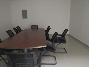 Oficina En Alquileren Panama, Condado Del Rey, Panama, PA RAH: 21-6411