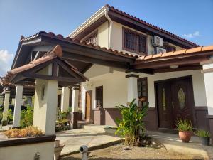 Casa En Ventaen Panama, Las Cumbres, Panama, PA RAH: 21-6505