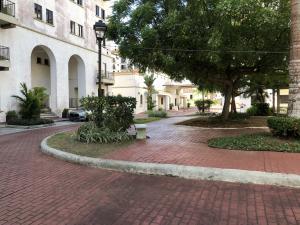 Apartamento En Ventaen Panama, Albrook, Panama, PA RAH: 21-6570
