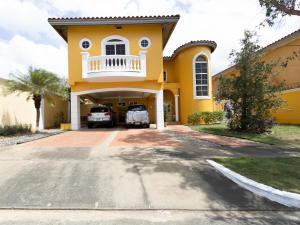 Casa En Ventaen Panama, Ancon, Panama, PA RAH: 21-6910