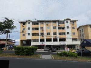 Local Comercial En Alquileren San Miguelito, San Antonio, Panama, PA RAH: 21-6980