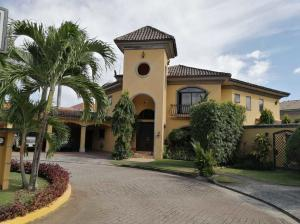 Casa En Ventaen Panama, Costa Del Este, Panama, PA RAH: 21-1965