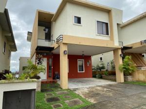 Casa En Alquileren Panama, Las Cumbres, Panama, PA RAH: 21-7006