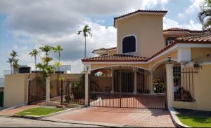 Casa En Ventaen Panama, Hato Pintado, Panama, PA RAH: 21-7012