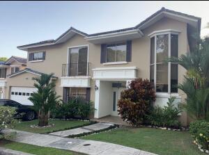Casa En Ventaen Panama, Clayton, Panama, PA RAH: 21-7019