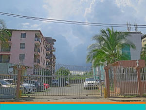 Apartamento En Ventaen Panama, Rio Abajo, Panama, PA RAH: 21-7046
