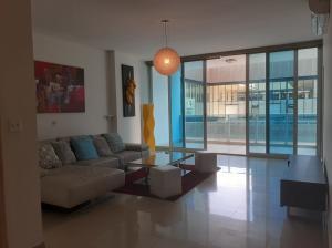 Apartamento En Ventaen Panama, Obarrio, Panama, PA RAH: 21-7096