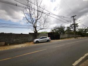 Terreno En Alquileren Panama, Milla 8, Panama, PA RAH: 21-7195