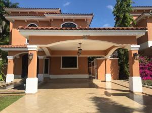 Casa En Alquileren Panama, Clayton, Panama, PA RAH: 21-7197