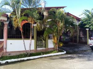 Casa En Ventaen Panama, Brisas Del Golf, Panama, PA RAH: 21-7358