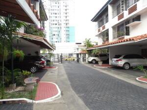 Casa En Ventaen Panama, Altos Del Golf, Panama, PA RAH: 21-7325