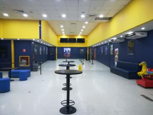Galera En Ventaen Colón, Cristobal, Panama, PA RAH: 21-7454