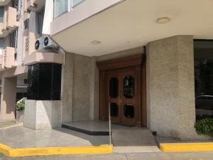 Apartamento En Ventaen Panama, Paitilla, Panama, PA RAH: 21-7528