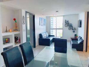 Apartamento En Ventaen Panama, Carrasquilla, Panama, PA RAH: 21-7545