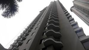 Apartamento En Alquileren Panama, San Francisco, Panama, PA RAH: 21-7639